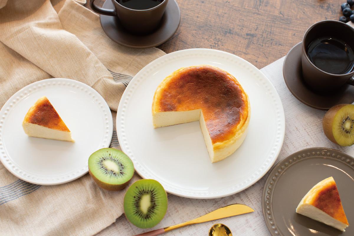 小さなお子様から年配の方まで、安心して美味しく食べれるとけだすバスクチーズケーキ「とけバス」