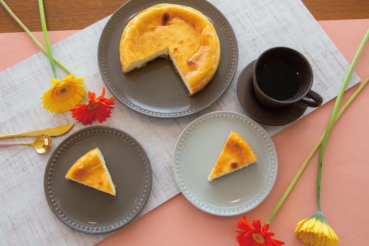 家でのティータイムが華やかに嬉しくなる「バニラなチーズケーキ」